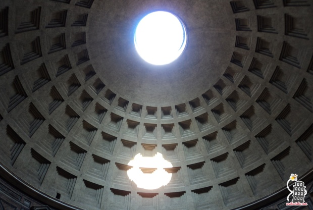 Óculo do Pantheon por Una lucciola...